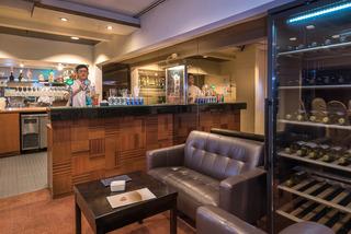 Grand Pacific Singapore - Bar