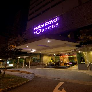 Royal at Queens - Generell