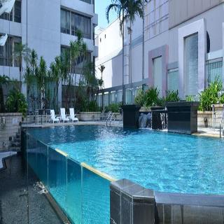 Peninsula Excelsior - Pool