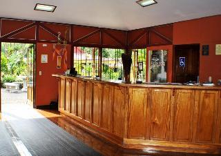 Arenal Country Inn, 1 Km Sur De La Iglesia Catolica…