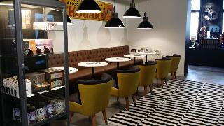 Zoom Hotel - Restaurant