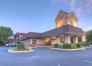 Washington Dc Hotels:Quality Inn Tysons Corner