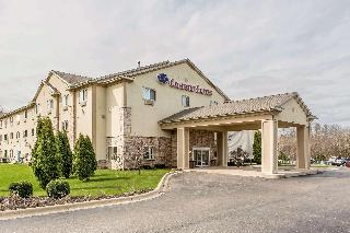 Comfort Suites (Lake…, 300 Eat Main Street,