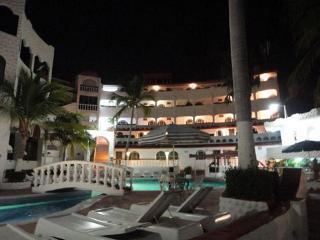 Pacific Paradise Hotel…, Punta Bruja  Condesa,1