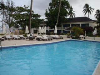 Discovery Bay By Rex Resorts - Pool