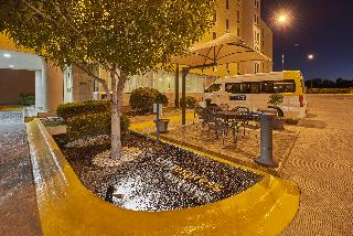 City Express Ciudad…, Bulevar Tomas Fernandez,7810