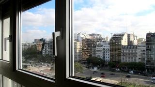 Hotel 525 Embajador, Carlos Pellegrini,1185