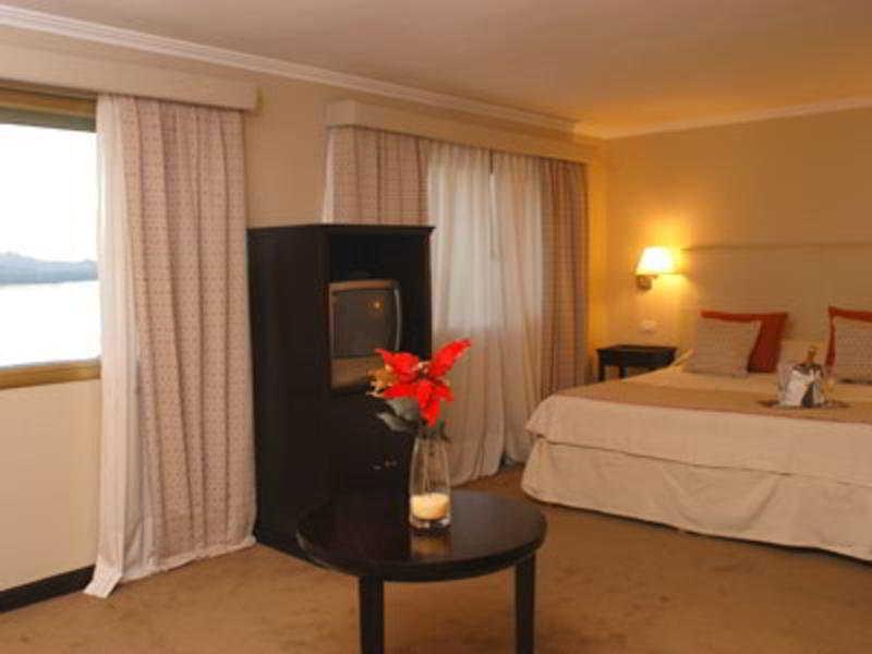 Kenton Palace Hotel, Morales,338