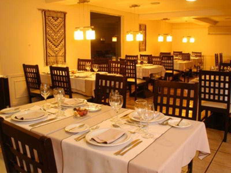 Kenton Palace Hotel - Restaurant