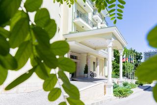 Romance Splendid Hotel…, Saints Constantine & Helena…