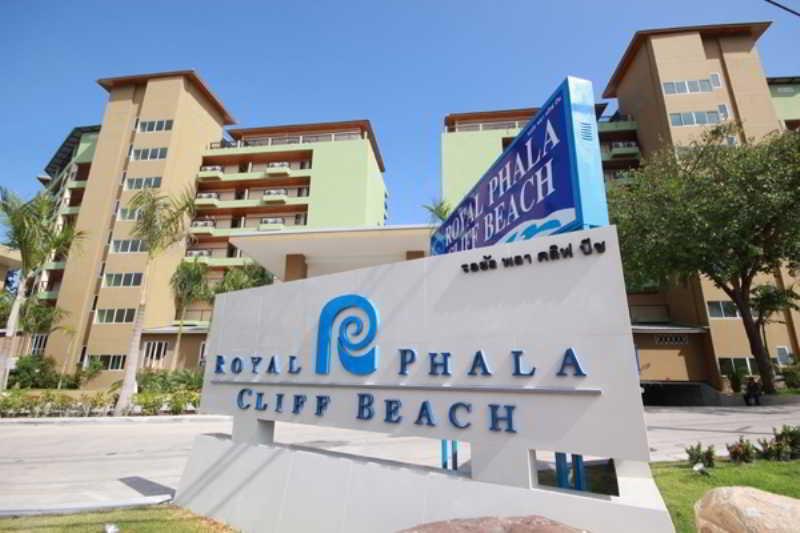Royal Phala Cliff Beach…, Moo 6, Pala Rd, Ban Chang,241-242
