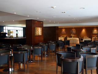 Ros Tower Hotel - Bar