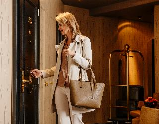 Small Luxury Hotel Ambassador…, Falkenstrasse,6