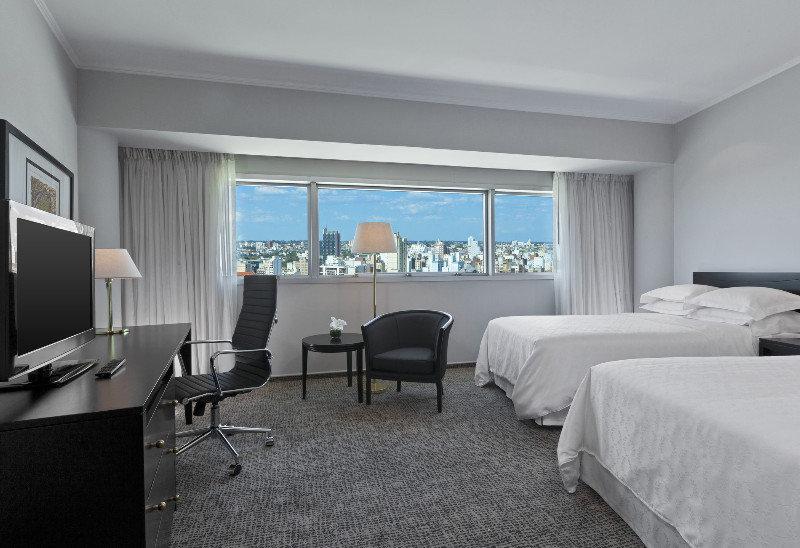 Sheraton Cordoba Hotel - Zimmer