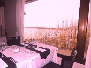 Xelena Hotel & Suites - Restaurant