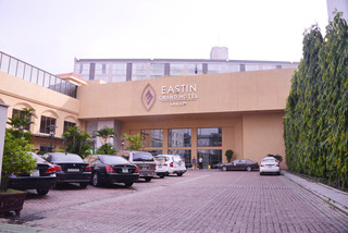 Eastin Grand Hotel Saigon, 253 Nguyen Van Troi, Phu…