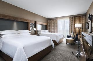 Sheraton Toronto Airport Hotel & Conference Center