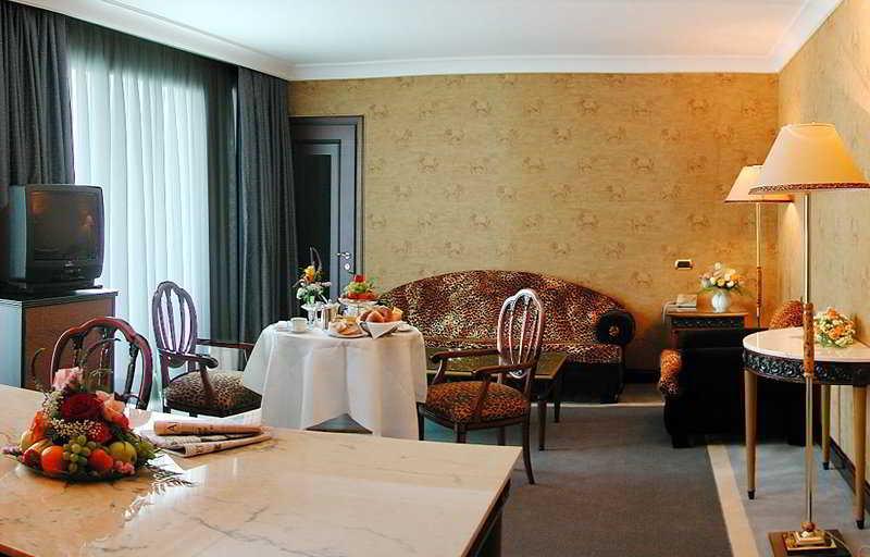Grand Hotel Eden - Zimmer