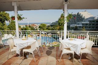 Sandy Beach - Restaurant