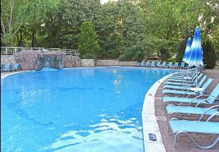 Althea - Pool