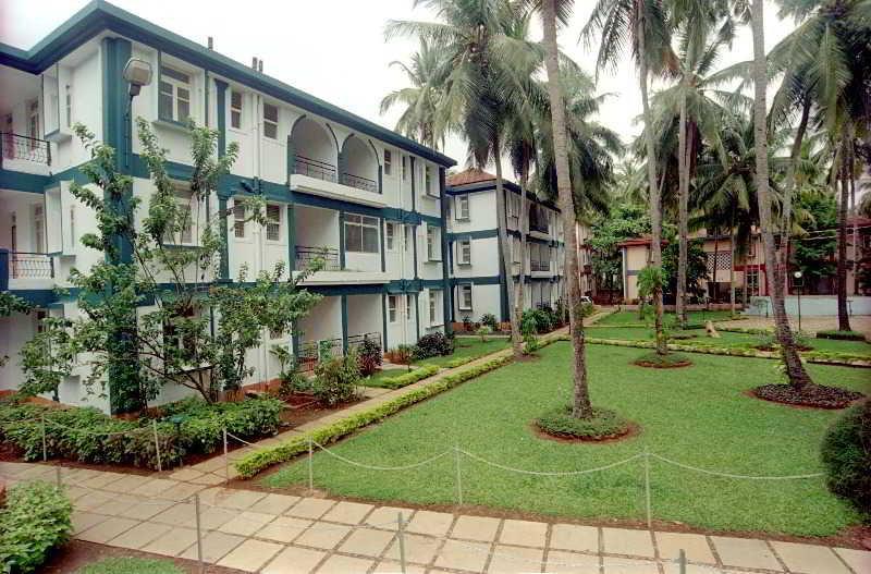 Dona Alcina Resort, Opp. Candolim Health Centre,