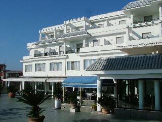 Sakura Hotel, Naples