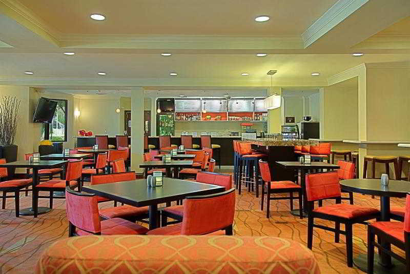 Courtyard by Marriott…, Tamiami Trail North,3250