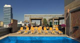 Radisson Blu Hotel, Dubai Media City - Pool