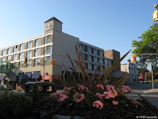 Crowne Plaza Kitchener…, 105 King Street East,