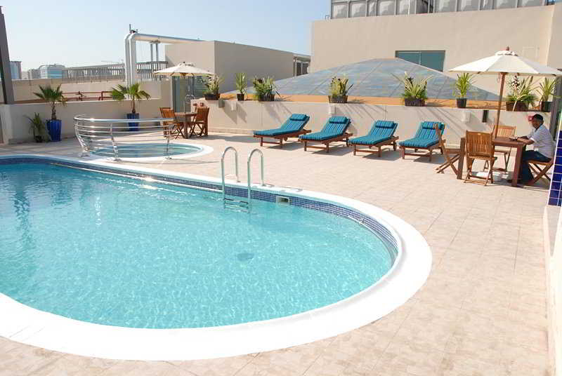 Grand Central Hotel - Pool