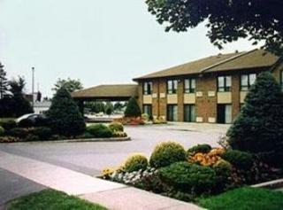 Agawa Canyon Hotels:Comfort Inn Sault Ste.Marie