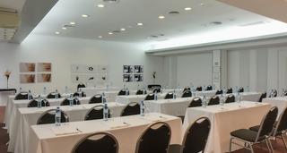 Broadway Hotel & Suites - Konferenz