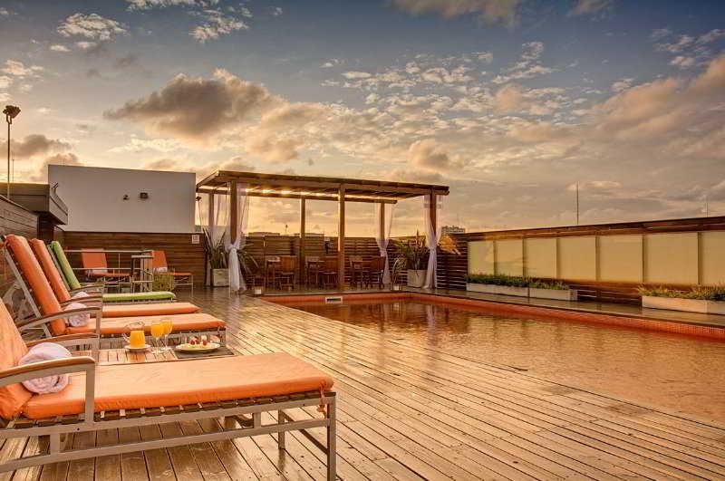 Broadway Hotel & Suites - Pool