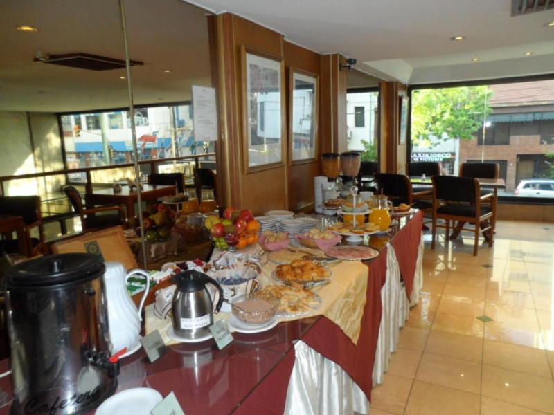 Cuatro Reyes - Restaurant
