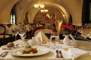 Arcadia Hotel Bratislava, Frantiskanska,3