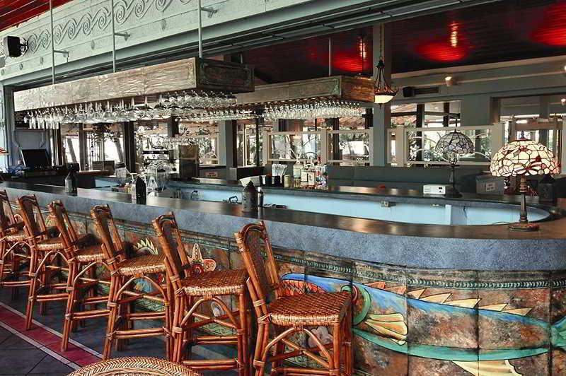 Treasure Cay Hotel Resort & Marina - Bar