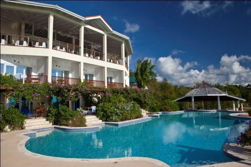 Treasure Cay Hotel Resort & Marina - Pool