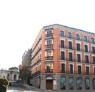 Durval Puerta De Alcala