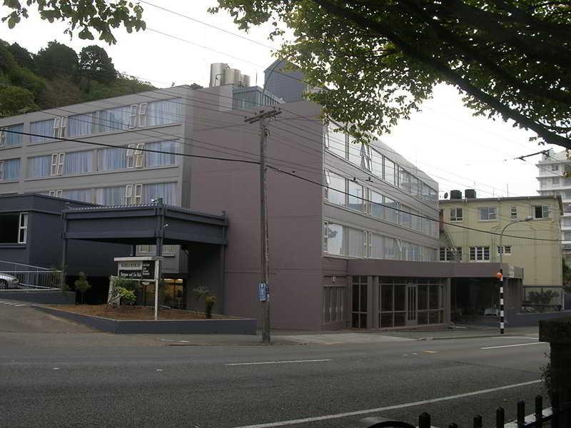SilverOaks Hotel On…, Glenmore Street,20