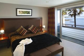 The Waterfront Suites - Generell