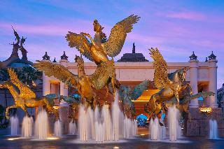 The Royal at Atlantis, One Casino Drive,0