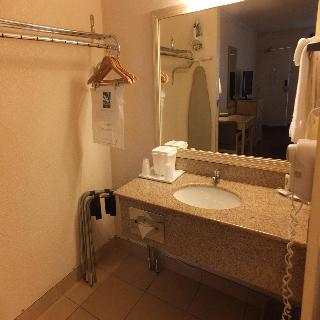 Quality Inn and Suites Lake Havasu