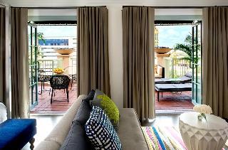 Hotel Colonnade Coral…, 180 Aragon Avenue,