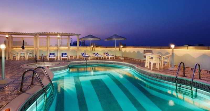 Avenue Hotel - Pool