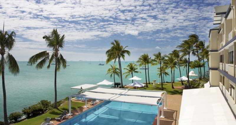 Coral Sea Resort, 25 Ocean View Avenue,
