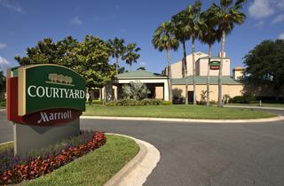 Courtyard By Marriott Convention Center