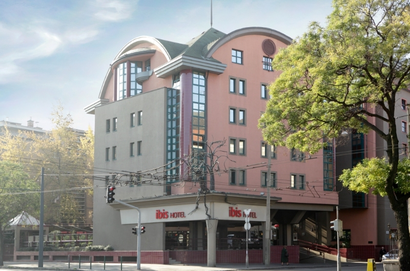 Ibis Budapest Heroes Square