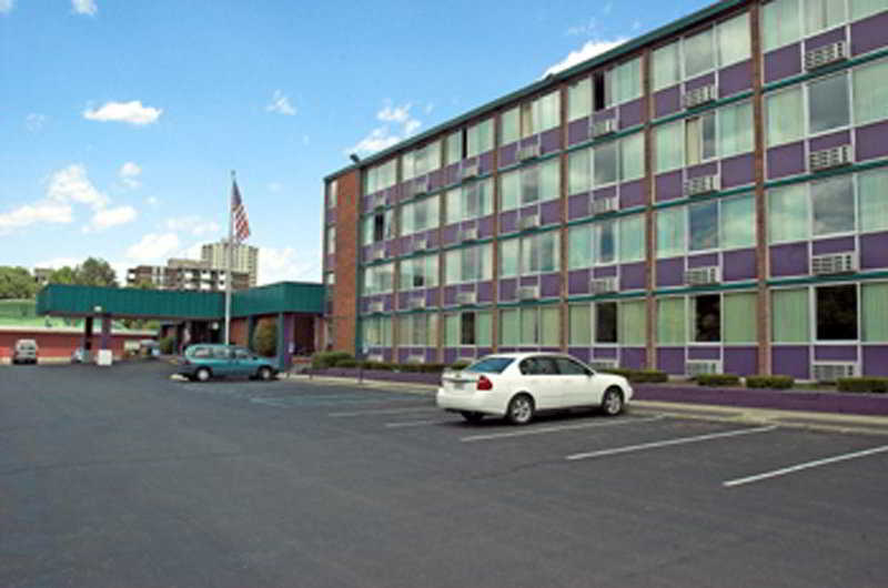 Best Western Rensselaer…, 1800 Sixth Avenue,