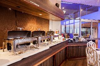 Dolphin Beach Hotel - Restaurant