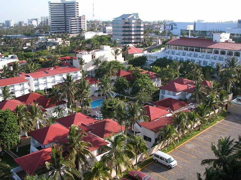 Playa Paraiso, Adolfo Ruiz Cortines Col.…